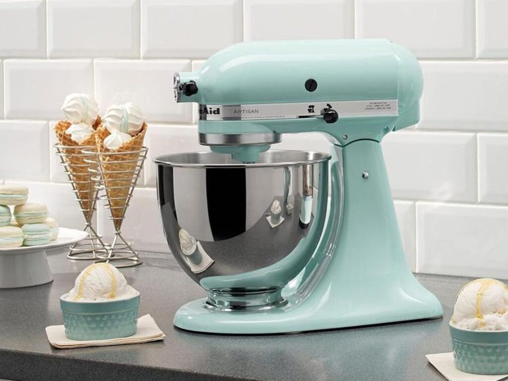 What Factors Determine the Price of a Stand Mixer?